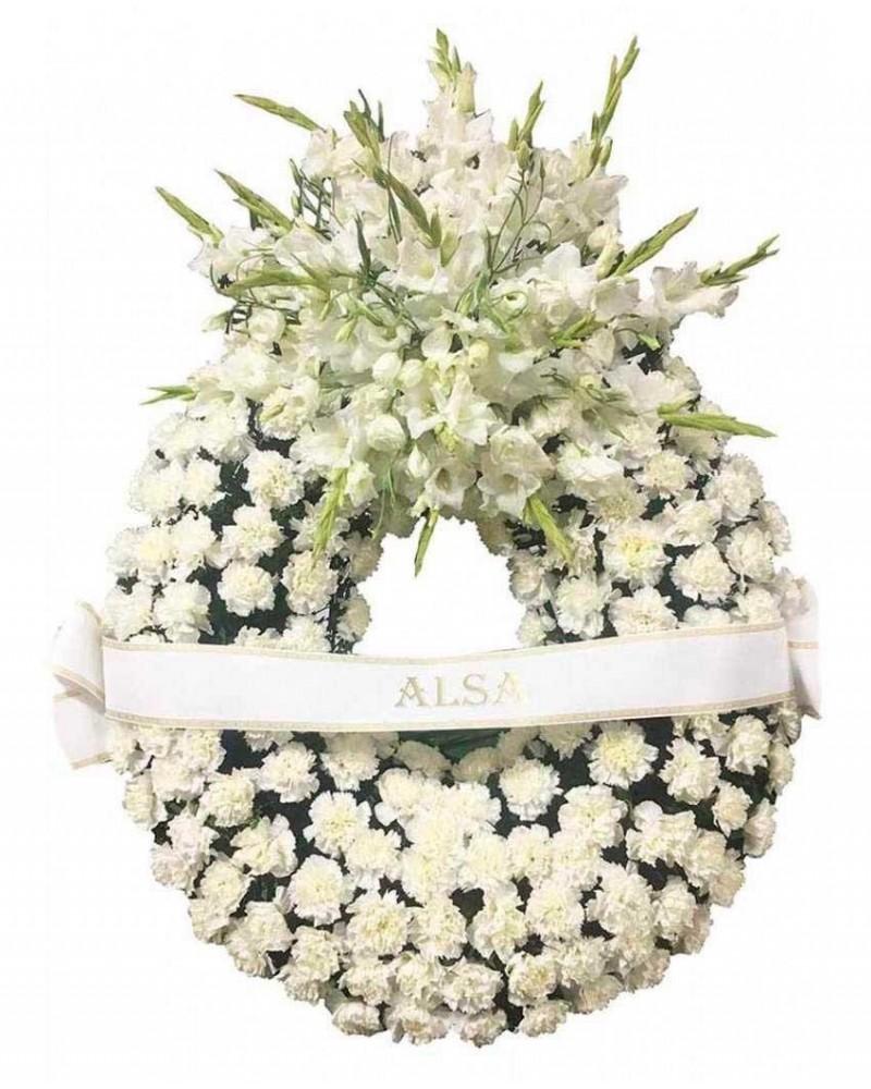 Corona de flores blanca con precios