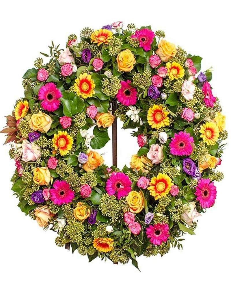 Coronas y flores para muertos
